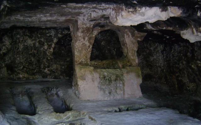 necropoli paleocristiana salata - tombe antiche